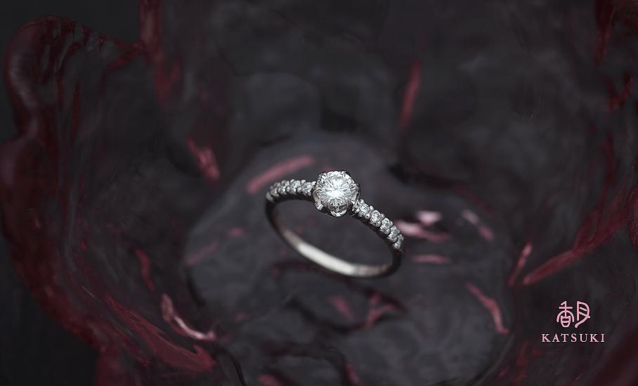 お母様の大切なダイヤモンドが煌めくフルオーダー