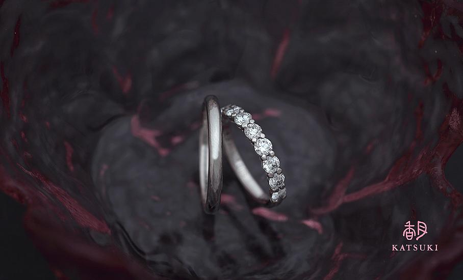 シンプルで華やかなフルオーダー結婚指輪