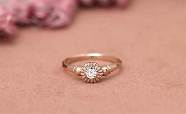 お花のフルオーダー婚約指輪