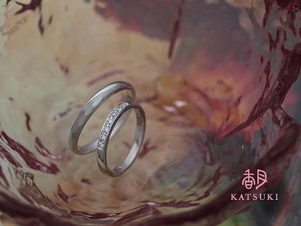 シンプルで華やかな結婚指輪☆プラチナ
