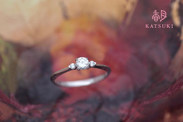 譲り受けられたダイヤモンドが煌めく婚約指輪☆プラチナ