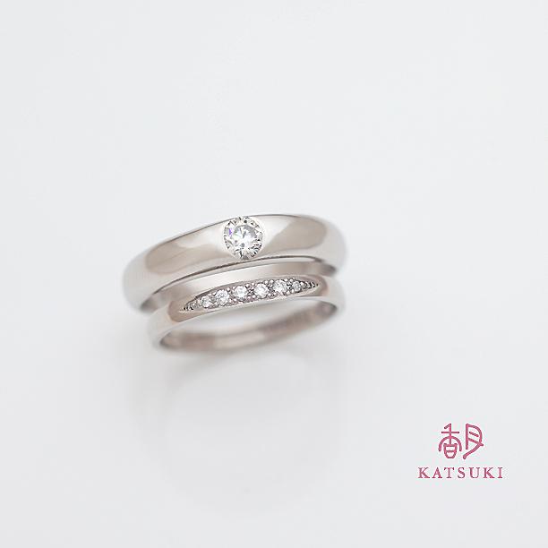 ダイヤモンドが華やかに煌めく結婚指輪