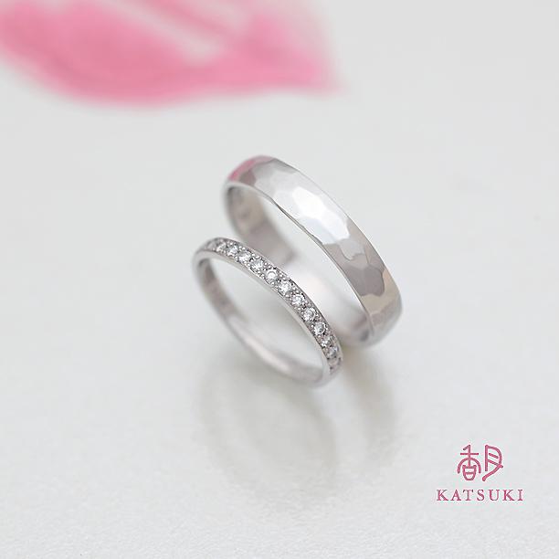 ダイヤモンドが煌めくプラチナの結婚指輪