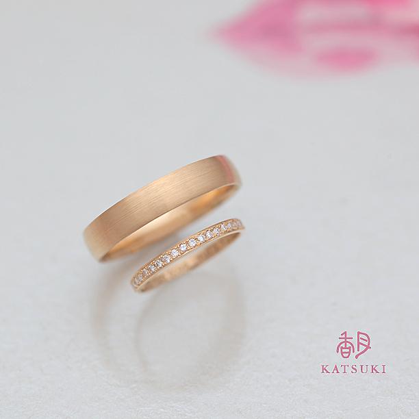 K20イエローゴールドハーフエタニティの結婚指輪