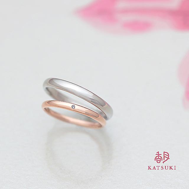 なめらかで柔らかい丸みが魅力的な結婚指輪