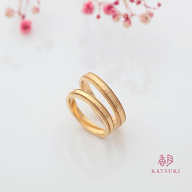 K20イエローゴールドの華やかな結婚指輪