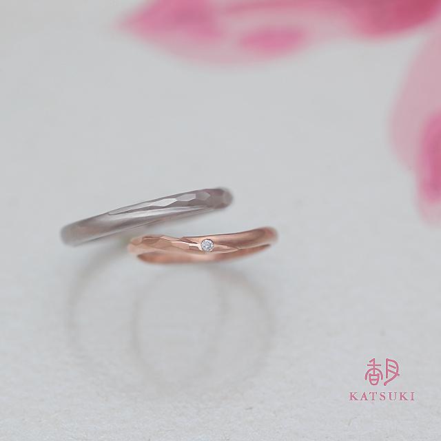 ストレートとSラインの結婚指輪