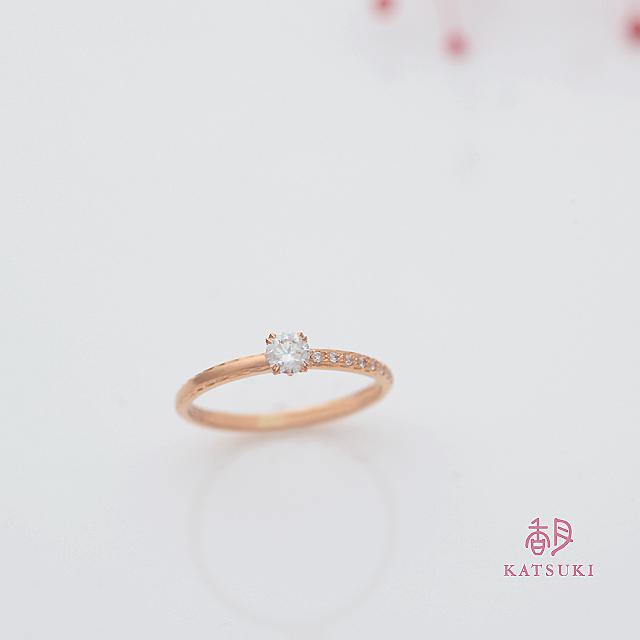 サプライズの婚約指輪【サンティエ】