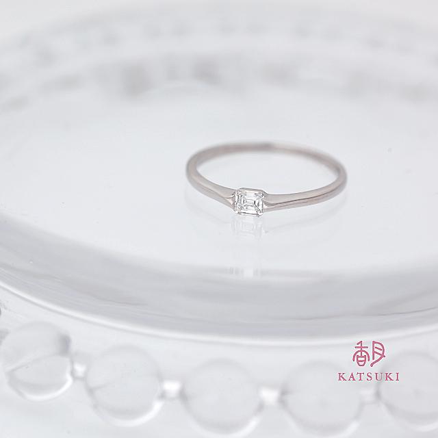 クッションカットダイヤモンドの婚約指輪