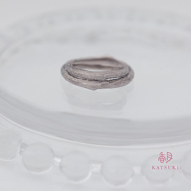 小枝の結婚指輪【マロニエ】