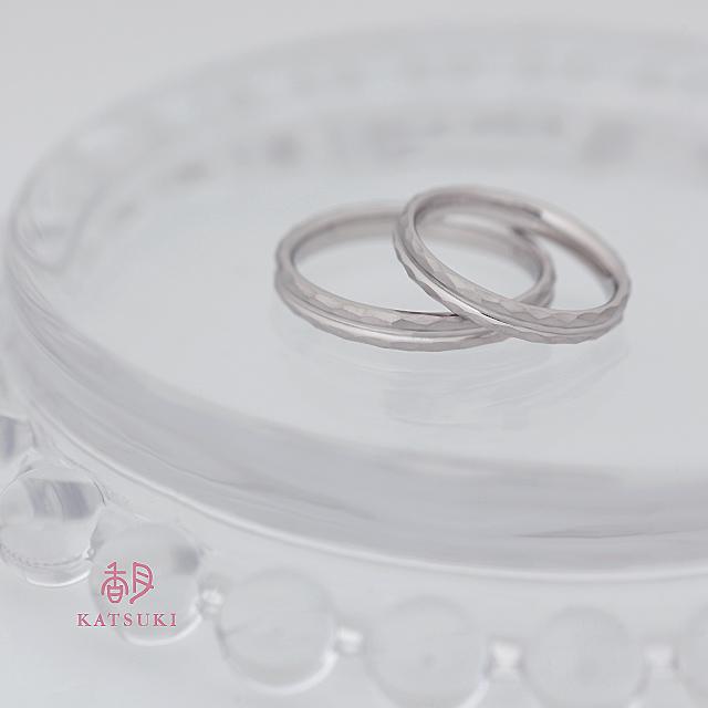 プラチナつや消し仕上げが華やかな結婚指輪【ストラスブール】