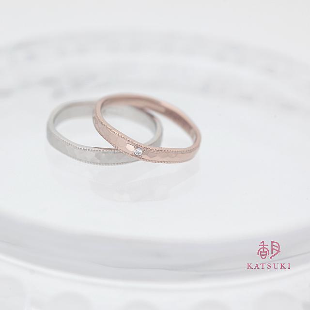 ミルラインと面取りが輝く結婚指輪【リュンヌ】