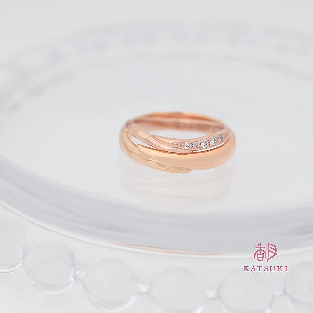 ハーフハーフの結婚指輪【メテオール・グラン】&【メテオール・ベル】
