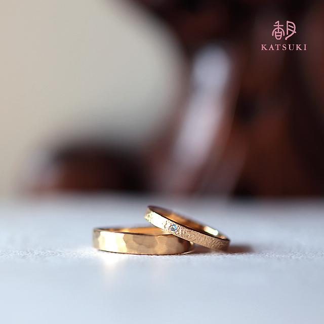 お預かりした指輪を2本の新しい指輪に<リフォーム>