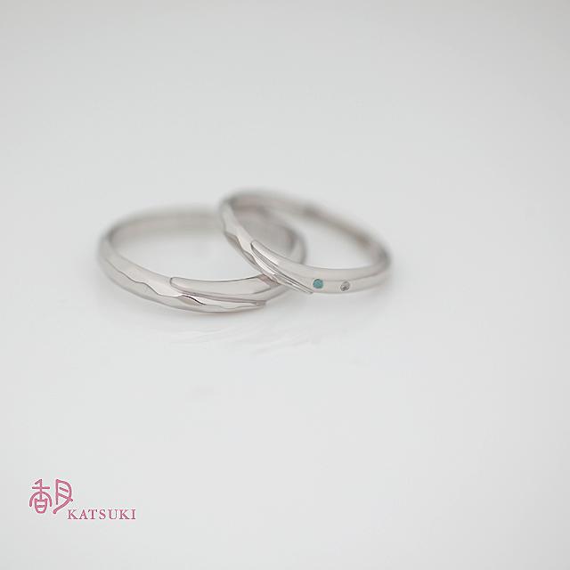 太くしてダイヤモンドの添えられた結婚指輪【メテオール】